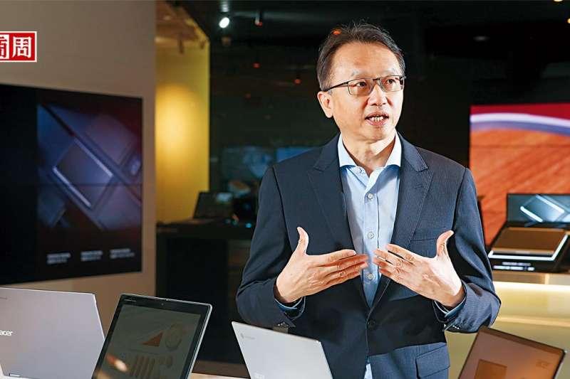 陳俊聖是科技業漲價潮中,首名剖析全局的大老。談到價格哄抬,他說:「很多中小型盤商,就是標準的蟑螂!」(圖/商業周刊)