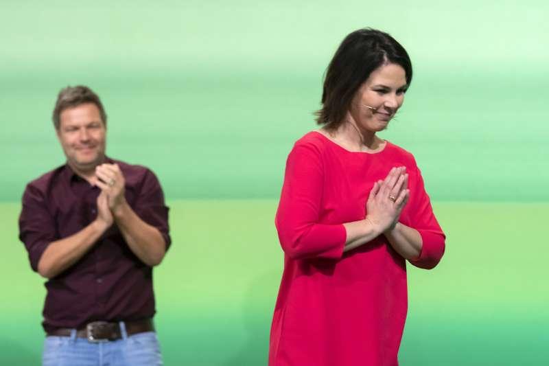 德國綠黨領導人貝爾伯克(Annalena Baerbock)與哈貝克(Robert Habeck)(AP)