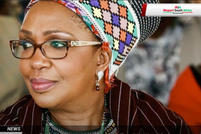 南非祖魯族攝政女王曼豐比驟逝,僅65歲。她在一個月前才因國王過世而繼位。(截自Youtube)