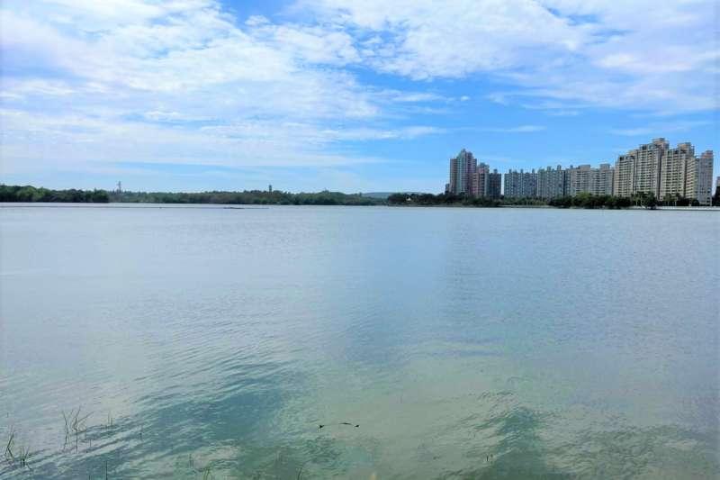 澄清湖今日蓄水提升到92%,重現湖光美景。(圖/高市水利局提供)