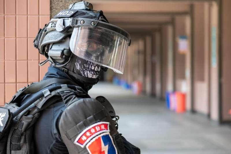 20210506-台中市警察局日前舉行「無劇本演習」,場地選在僑泰中學校園內。(取自TCPB局長室臉書)