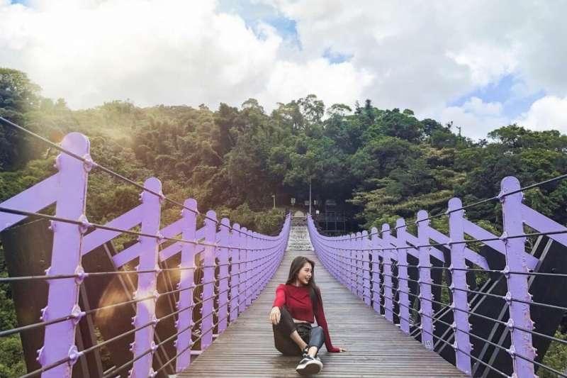 台北登山步道-白石湖吊橋步道。(圖/hello.jas_,Instagram)
