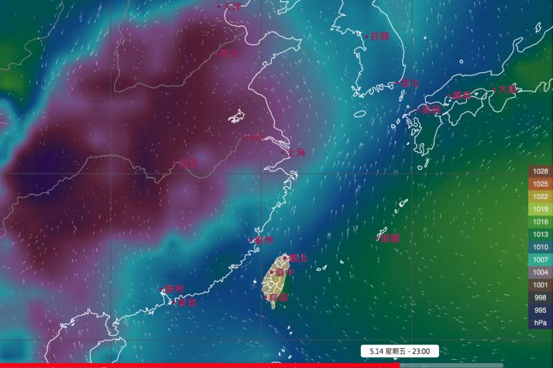 據中央氣象局預報,太平洋高壓偏強,滯留鋒還停留在長江流域,恐怕到下周末都不會南下到台灣,梅雨季也得再等等。(取自氣象局網站)