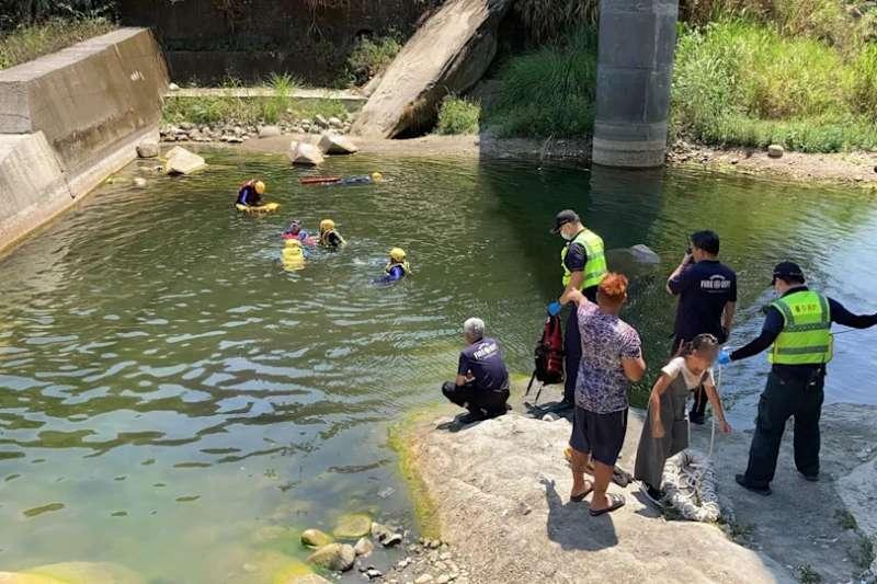 台中市太平區頭汴坑溪9日發生溺水意外,造成2死憾事。(台中市消防局提供)