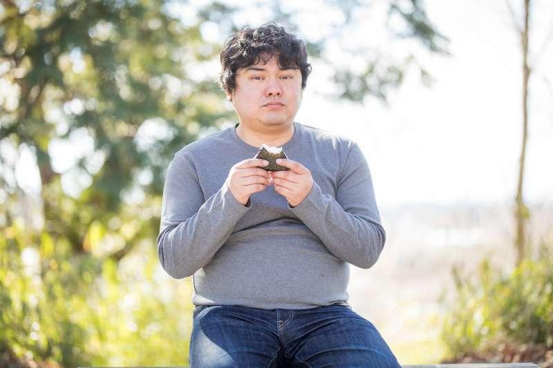 約會網站Dating.com 公布調查結果,在2000位受訪者裡,75%單身人士喜歡爸爸身材(Dad Bob)。(圖/pakutaso)