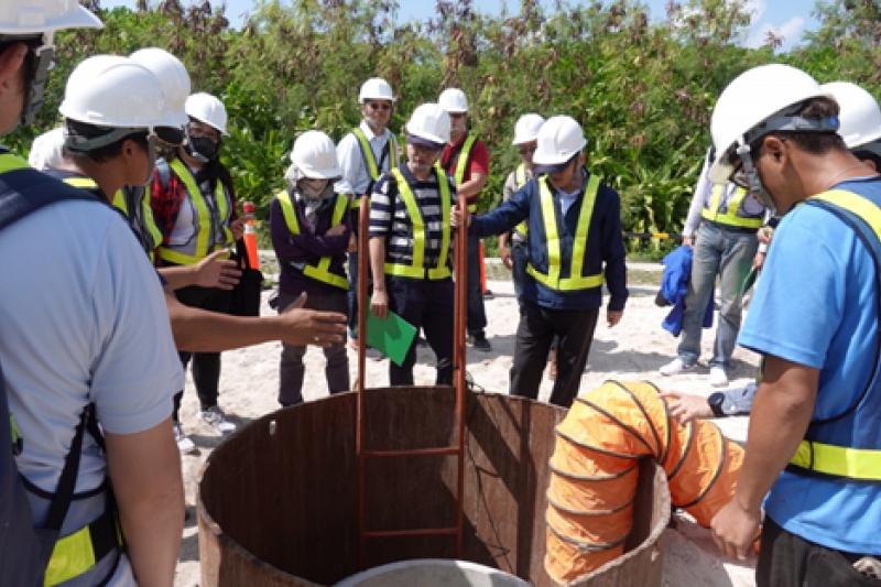 高雄市政府爭取前瞻計畫補助辦理東沙島污水建設,工程已於108年8月動工。(圖/高雄市水利局提供)
