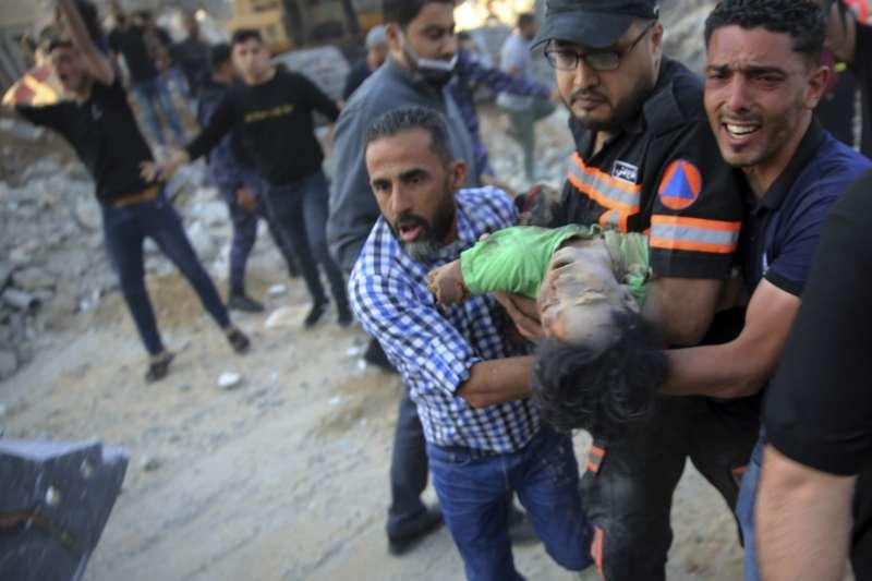 2021年5月,以色列與巴勒斯坦人衝突全面升溫,以軍重擊加薩走廊(Gaza Strip)。(AP)