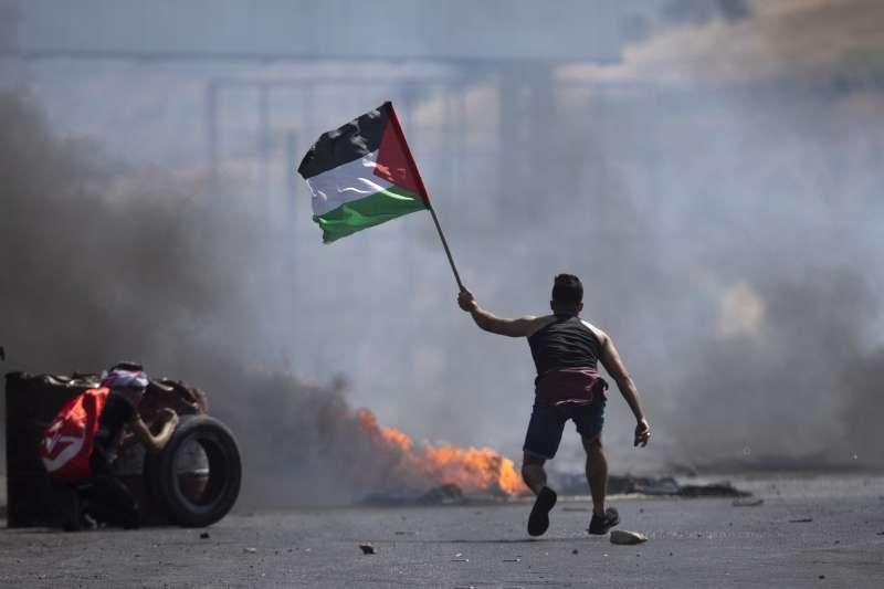 2021年5月,以色列重兵攻擊加薩走廊,約旦河西岸巴勒斯坦人聲援同胞(AP)