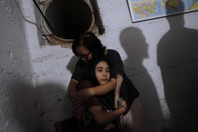 2021年5月,以色列空襲、砲轟加薩走廊,巴勒斯坦人生離死別(AP)