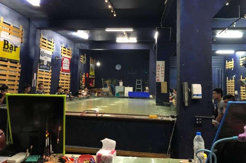 台中市一間釣蝦場老闆為了防疫,儘管自身店家未在停業範圍,還是宣布暫時停止營業。(圖/取自沙鹿西海岸釣蝦場[強]俱樂部粉絲專頁)