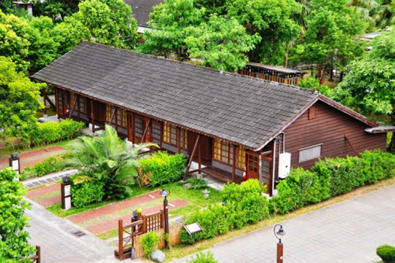 花蓮糖廠木屋旅館。(圖/台糖提供)