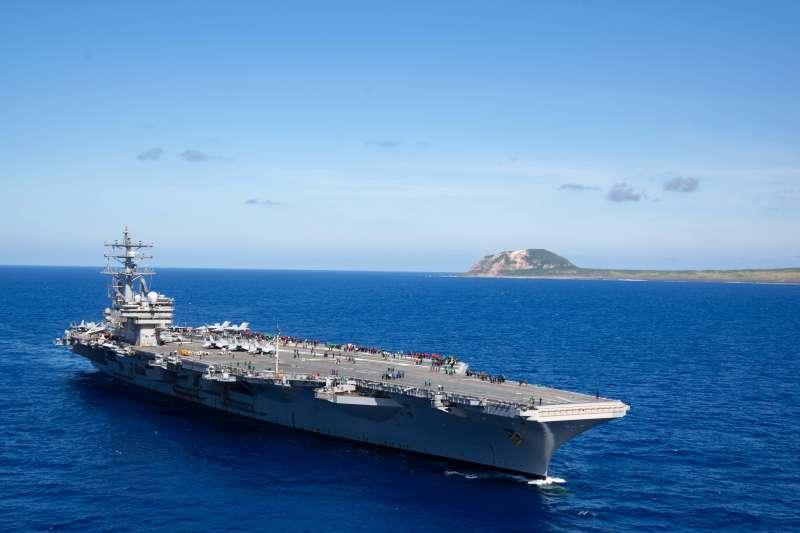 美國不僅有強大的空母艦隊巡弋各地,更有800個基地散落全球各地,這是一個「隱藏的帝國」。(雷根號臉書)