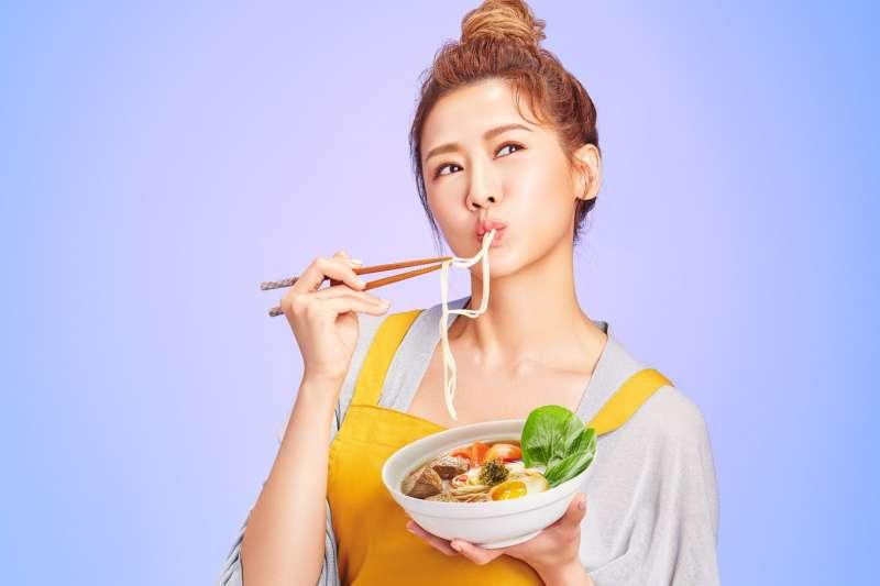 文青麵食品牌「靜享」推出好溫暖系列,讓民眾靜在家也能享受一碗好麵。(圖/靜享提供)