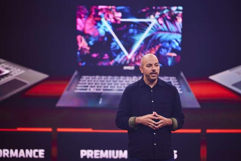 AMD遊戲解決方案架構長Frank Azor分享AMD Advantage設計框架打造新一代高階遊戲筆電