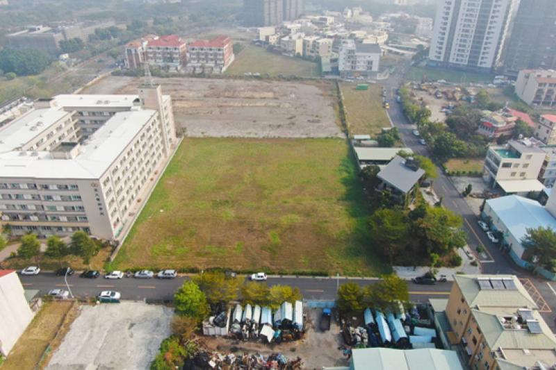 因應本土疫情持續嚴峻,第2季開發區土地暫緩標售。(圖/地政局提供)