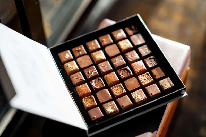 巧克力如果沒有「可可脂」就不算巧克力了嗎?(圖/取自Unsplash)