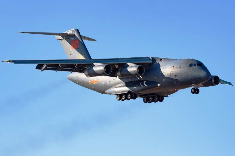 5月31日共軍包括運-20在內的16架大型運輸機群進入馬來西亞的防空識別區內。( 取自維基百科由 攝影/N509FZ  CC BY-SA 4.0)