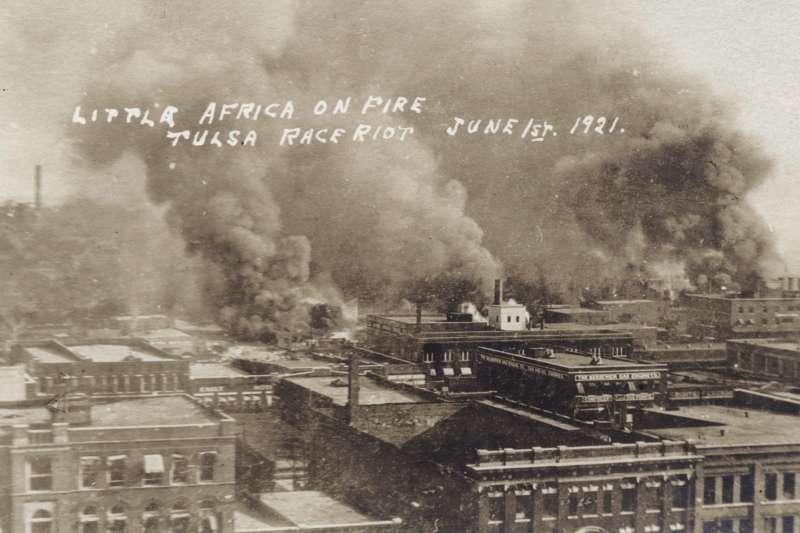 1921年,美國土爾沙種族大屠殺(AP)