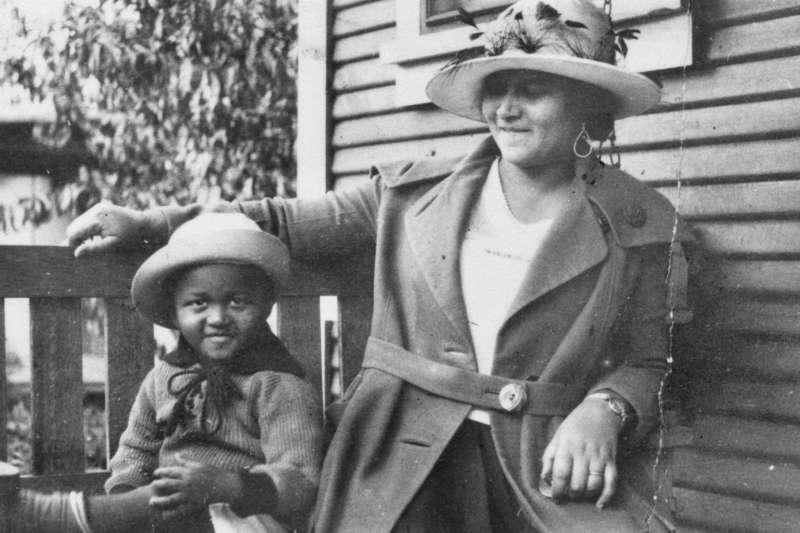 1921年,美國土爾沙種族大屠殺之前的「黑人華爾街」居民(AP)