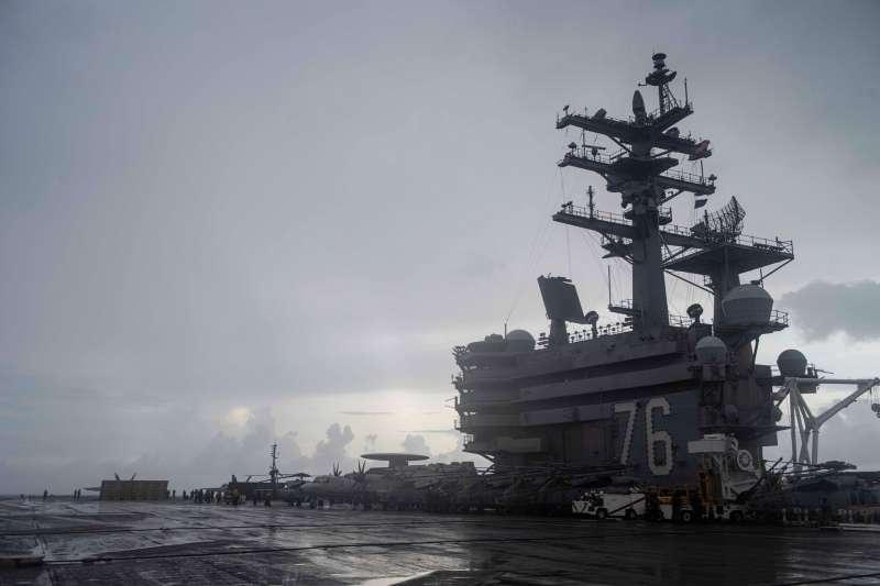 美國海軍航艦雷根號進入南海,可能是中共解放軍機大肆在台灣西南空域活動原因。(取自雷根號航艦官方臉書)