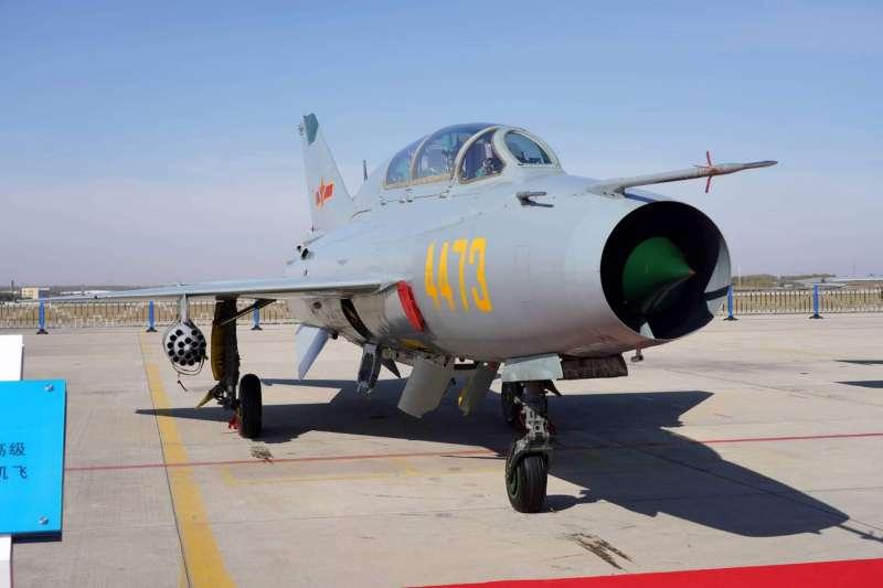 17日再有共機侵擾我周邊空域,且擾台機型首度出現殲-7機。(資料照,空軍司令部提供)