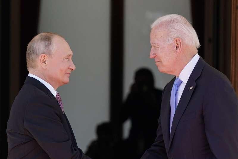 美國總統拜登16日和俄羅斯總統普丁在瑞士日內瓦舉行美俄峰會。(資料照,美聯社)