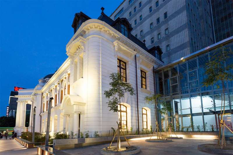 百年歷史建築臺中市役所即將風華再現,從即日起到7/30,徵營運團隊進駐。(圖/台中市政府)