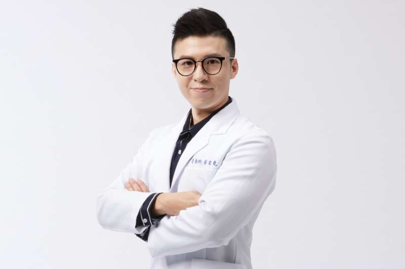 營養師黃韋堯就表示,「442飲食法」或許能讓人更容易達標。(圖/KC WIN WIN提供)