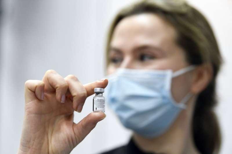 外交部:立陶宛了解台灣疫情,主動表達捐贈疫苗意願(AP)
