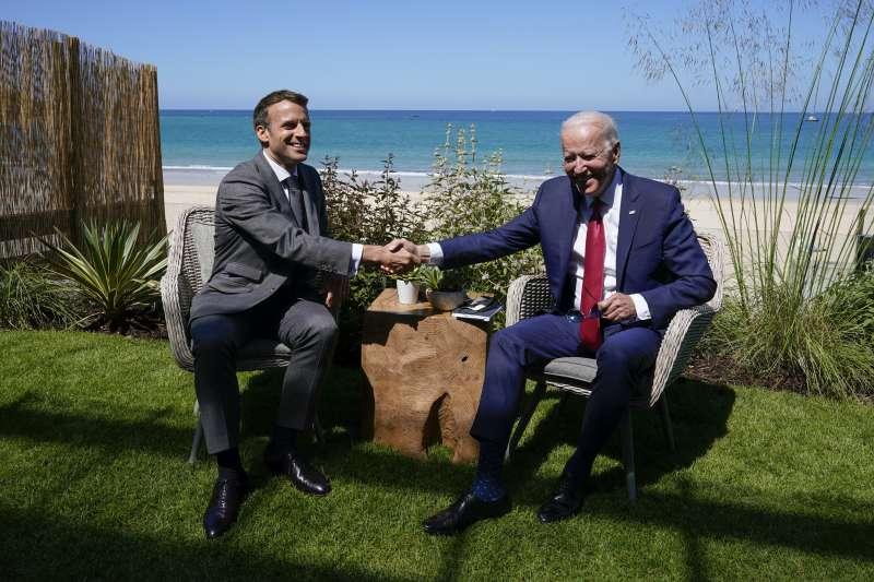 2021年6月12日,美國總統拜登與法國總統馬克宏(AP)