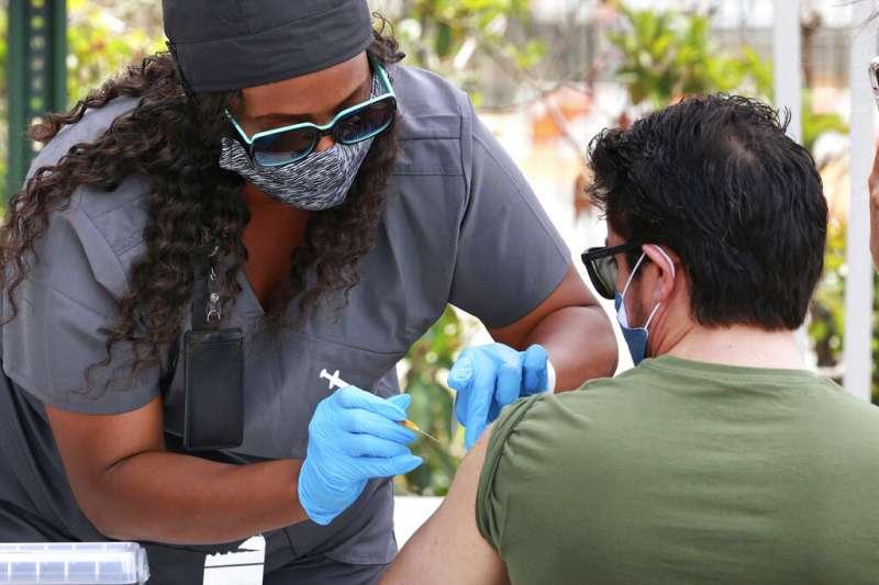 美國新冠疫苗接種。(AP)