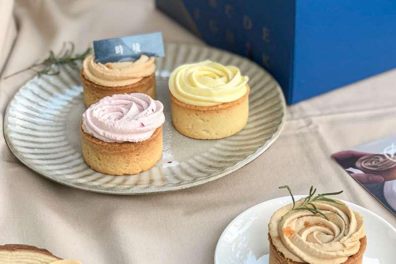 防疫宅在家也能吃到美食!本文特別整理了10家熱門甜點名店,線上預訂就能宅配到府品嚐絕佳美味。(圖/取自MENU美食誌)