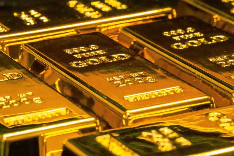 瑞銀財富管理分析師陳彥甫表示,投資人布局抗通膨標的時,必須留意黃金並非理想標的,而且未來一年有下跌可能。 (圖/unsplash)