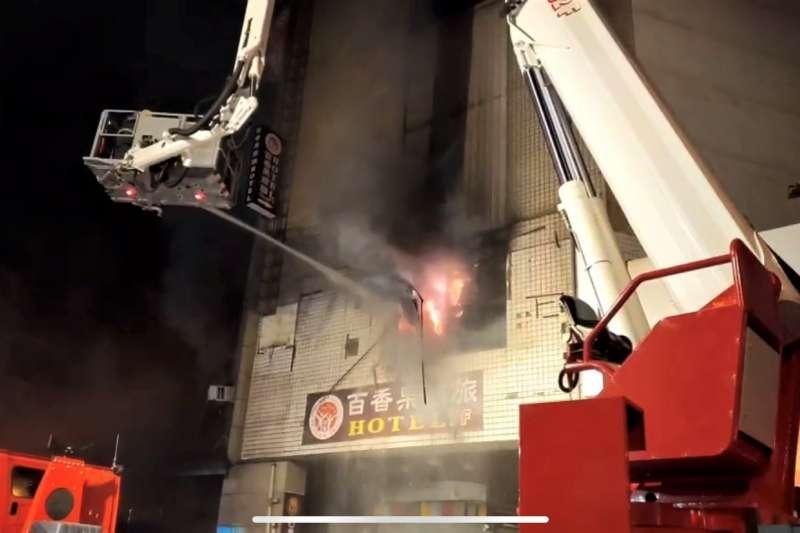 彰化喬友大樓火警,造成4死悲劇、其中包括1名消防員殉職。(取自彰化縣政府)