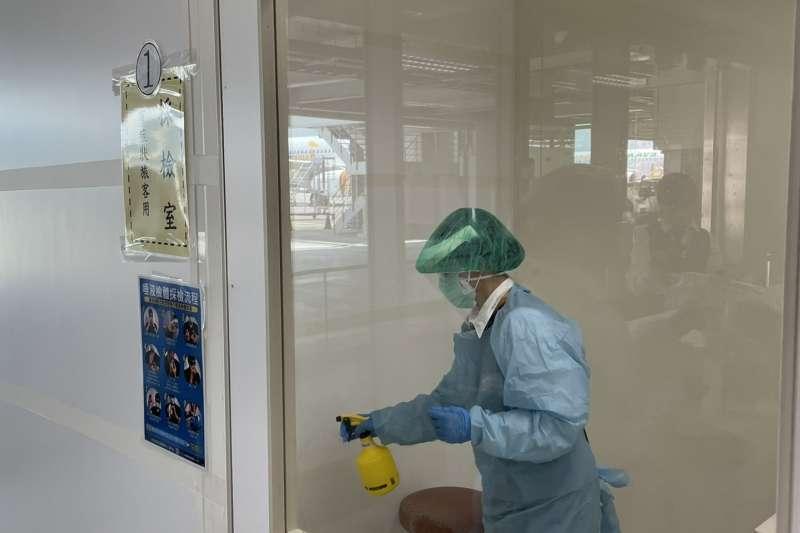20210702-我國加強邊境管制,入境旅客2日起須接受PCR採檢。(民航局提供)