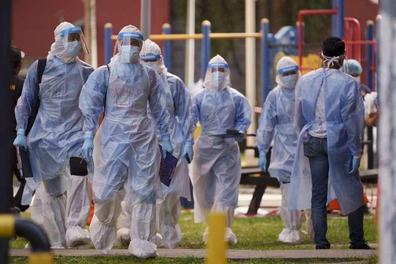 馬來西亞醫衛人員穿著全套防護裝備(AP)
