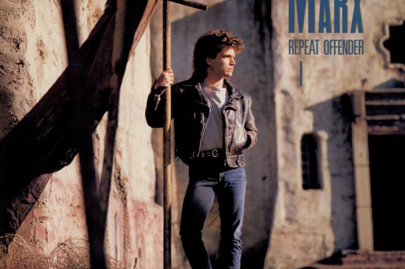 理查馬爾克斯於1989年推出的暢銷專輯《Repeat Offender》封面(取自Instagram@therichardmarx)