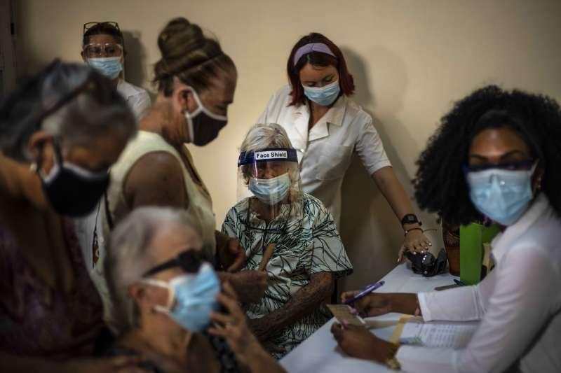 古巴國營生物製藥公司Biocubafarma評估,該國自行研發的新冠疫苗「阿布達拉」(Abdala)有效性達92.28%(AP)