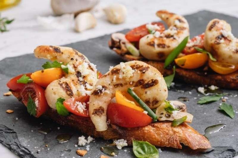 舊金山新創事業「新潮食品」用綠豆和海帶製作「素蝦」,減少黃豆和麩質過敏原的顧慮。(圖/食力foodNEXT提供)