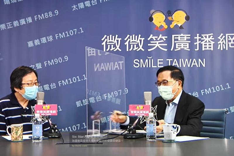邱義仁(左)接受陳水扁(右)訪問,一席評論台獨的言論,引發政壇軒然大波。(資料照,取自YouTube)