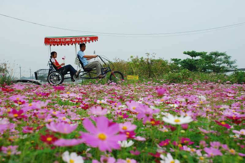 彰化縣田尾鄉公路花園,整體休區係以「Open Garden」為概念,已經成為在地休閒農業區。(圖/彰化縣政府)