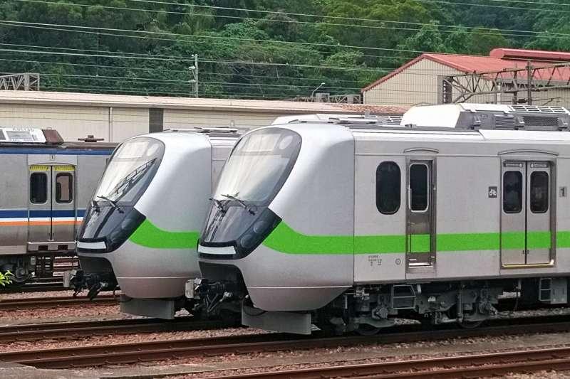 第二批台鐵EMU903、904通勤電聯車2編組預計7月中就能正式投入營運。  (台鐵提供)