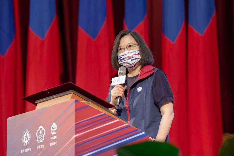 總統蔡英文12日出席東京奧運代表團授旗典禮。(總統府提供)