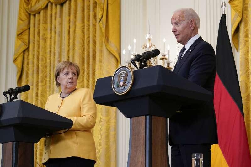 2021年7月15日,德國總理梅克爾作客白宮,與美國總統拜登共同舉行記者會(AP)
