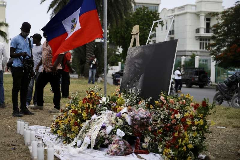 海地民眾哀悼遇害的總統摩依士(AP)