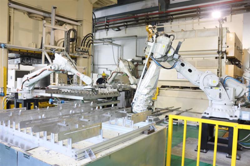 「鋁合金溫熱成形技術」示範產線。(圖/金屬中心提供)