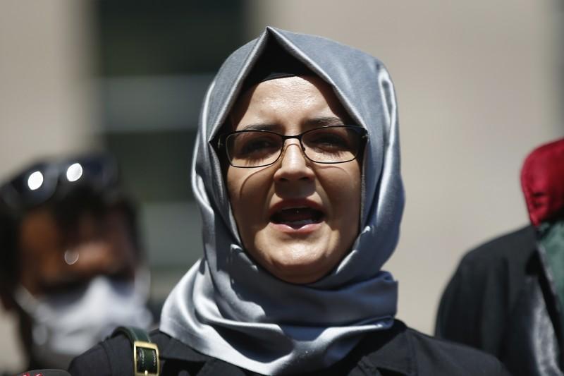 以色列NSO Group的間諜軟體淪為監控新聞記者與人權運動者的工具,沙烏地阿拉伯已遇害異議記者哈紹吉(Jamal Khashoggi)的未婚妻堅吉茲(Hatice Cengiz)也受害(AP)