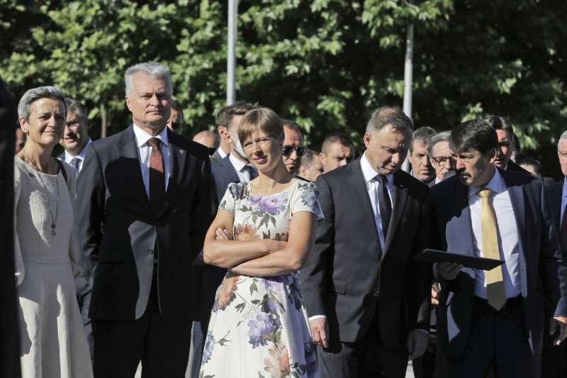 2021年7月9日,愛沙尼亞總統卡尤萊德(中)出席三海峰會(Three Seas Summit)(AP)