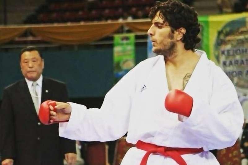 邁赫迪·賈法格霍利扎德曾在國際空手道錦標賽上為伊朗贏得獎牌。(BBC中文網)