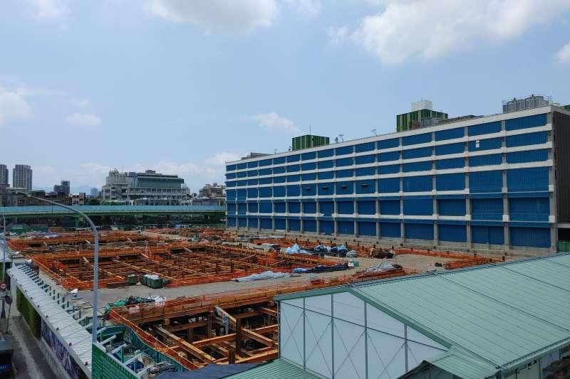 20210721-環南市場全區仍有第二期工程尚未完工。(洪敏隆攝)